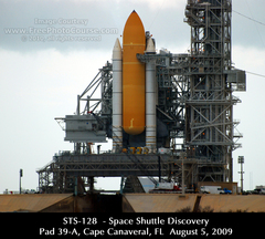 Picture of Space Shuttle Discovery on Launch Pad 39-A, Cape Canaveral, August 5, 2009. ©2010, FreePhotoCourse.com