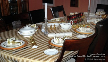 Picture of a formal Christmas Dinner Table Setting; Free Pictures and Wallpapers from www.FreePhotoCourse.com;  ©2010, all rights reserved