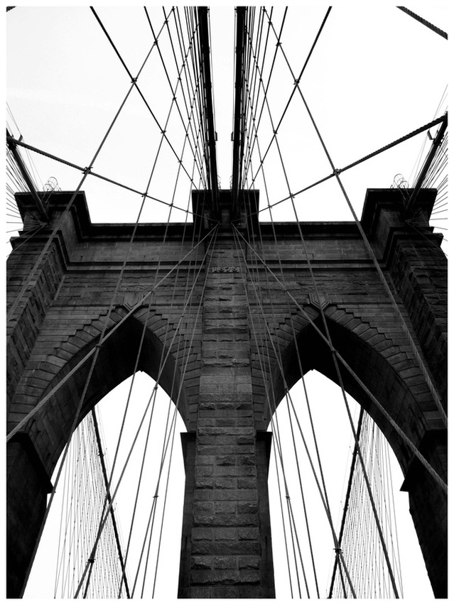 Picture of the Brooklyn Bridge; part of www.FreePhotoCourse.com's NYC Exposed online photography exhibit; all rights reserved