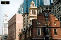 Picture of downtown Boston - Blending Old and New Architecture.Download free pictures and wallpapers.  © 2011, FreePhotoCourse.com, all rights reserved.